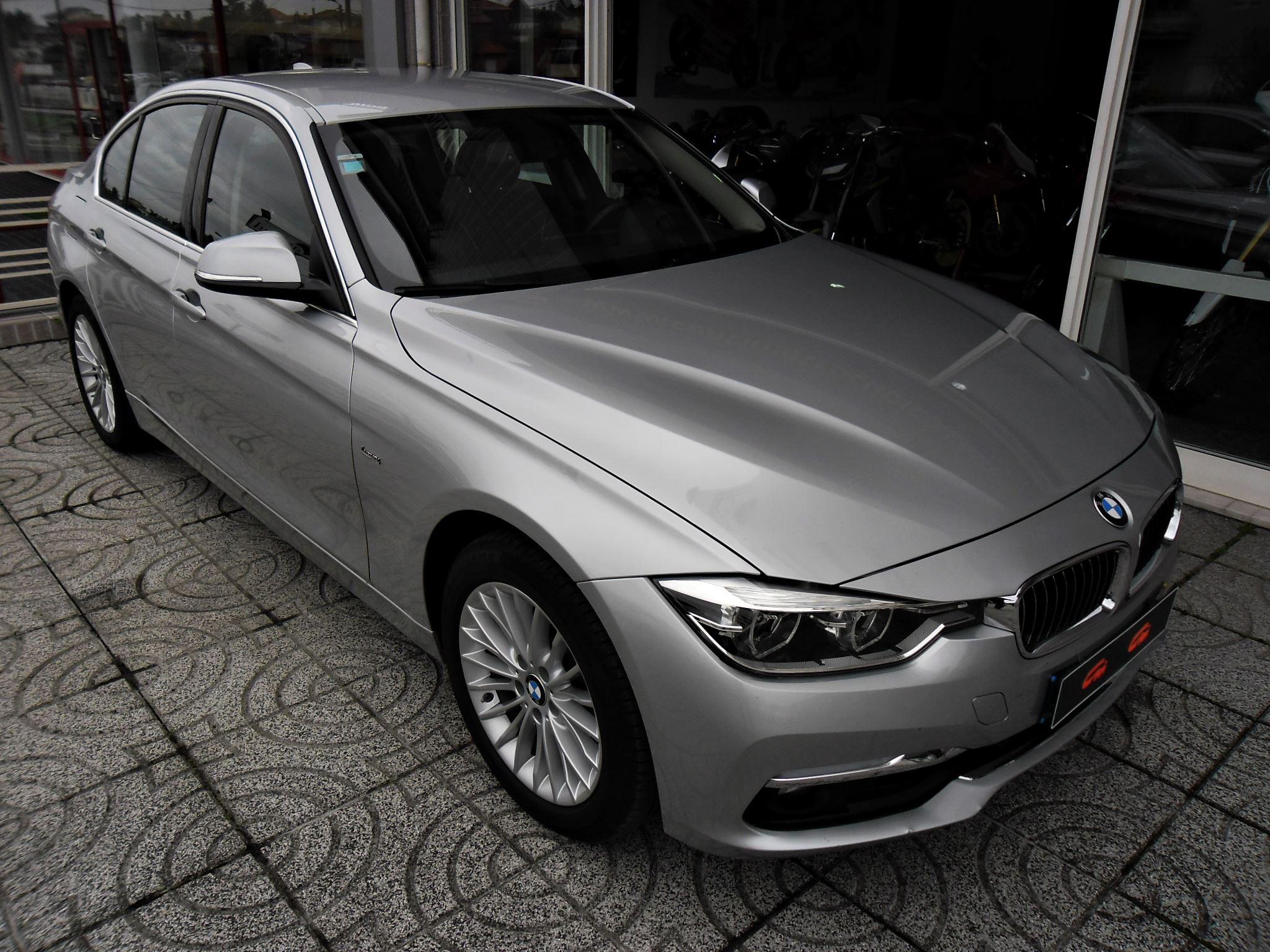 BMW 320dA 190cv Luxury Line