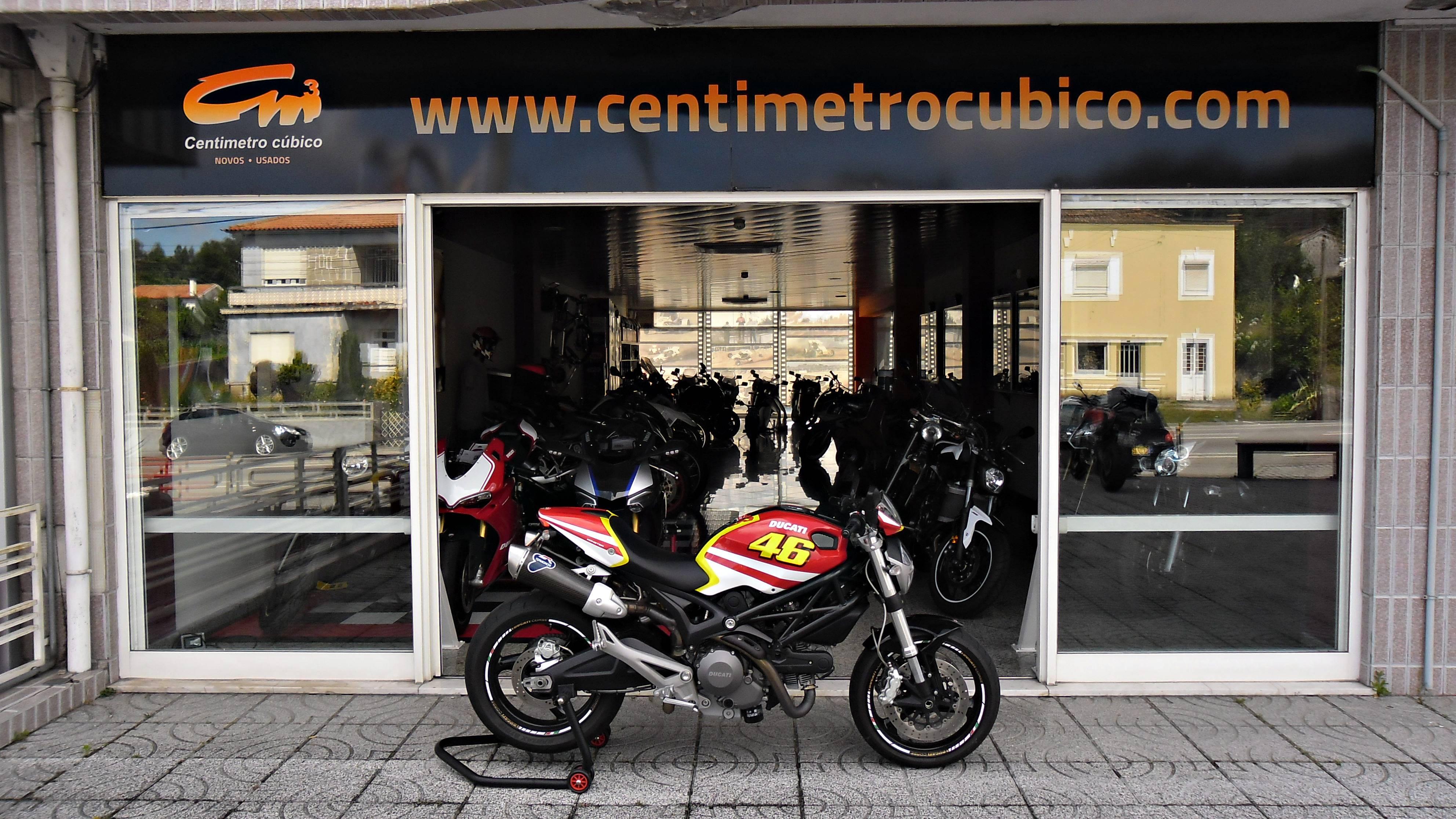 Ducati Monster 696 Art Valentino Rossi