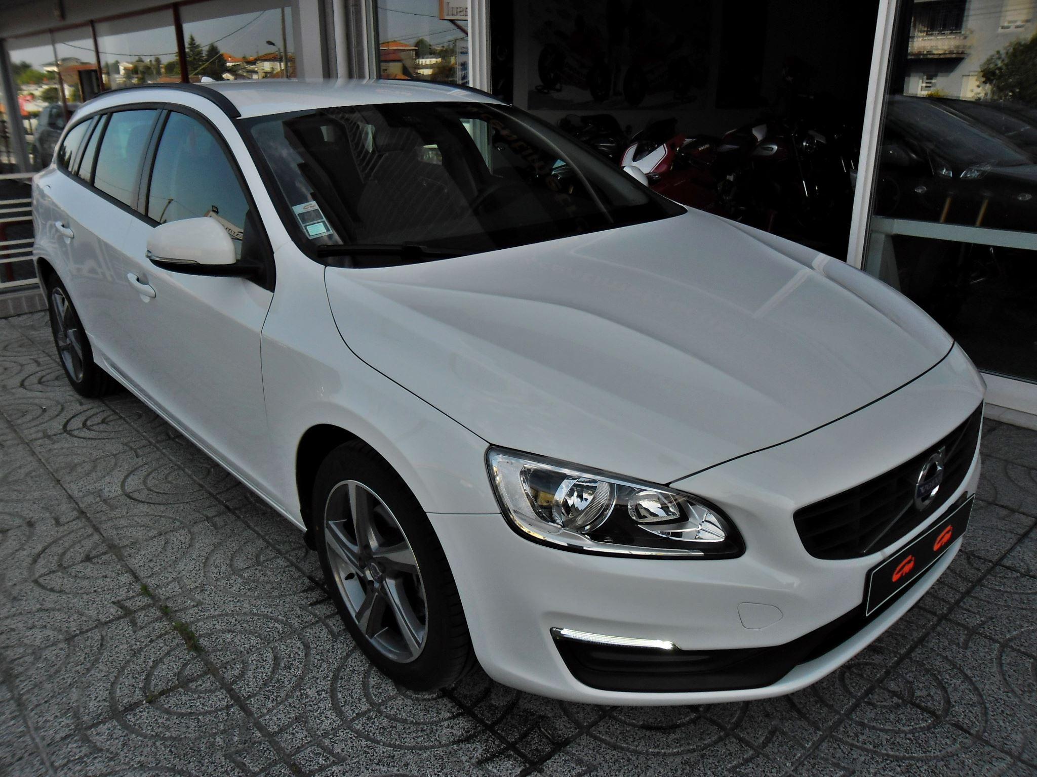 Volvo V60 D3 2.0 150cv