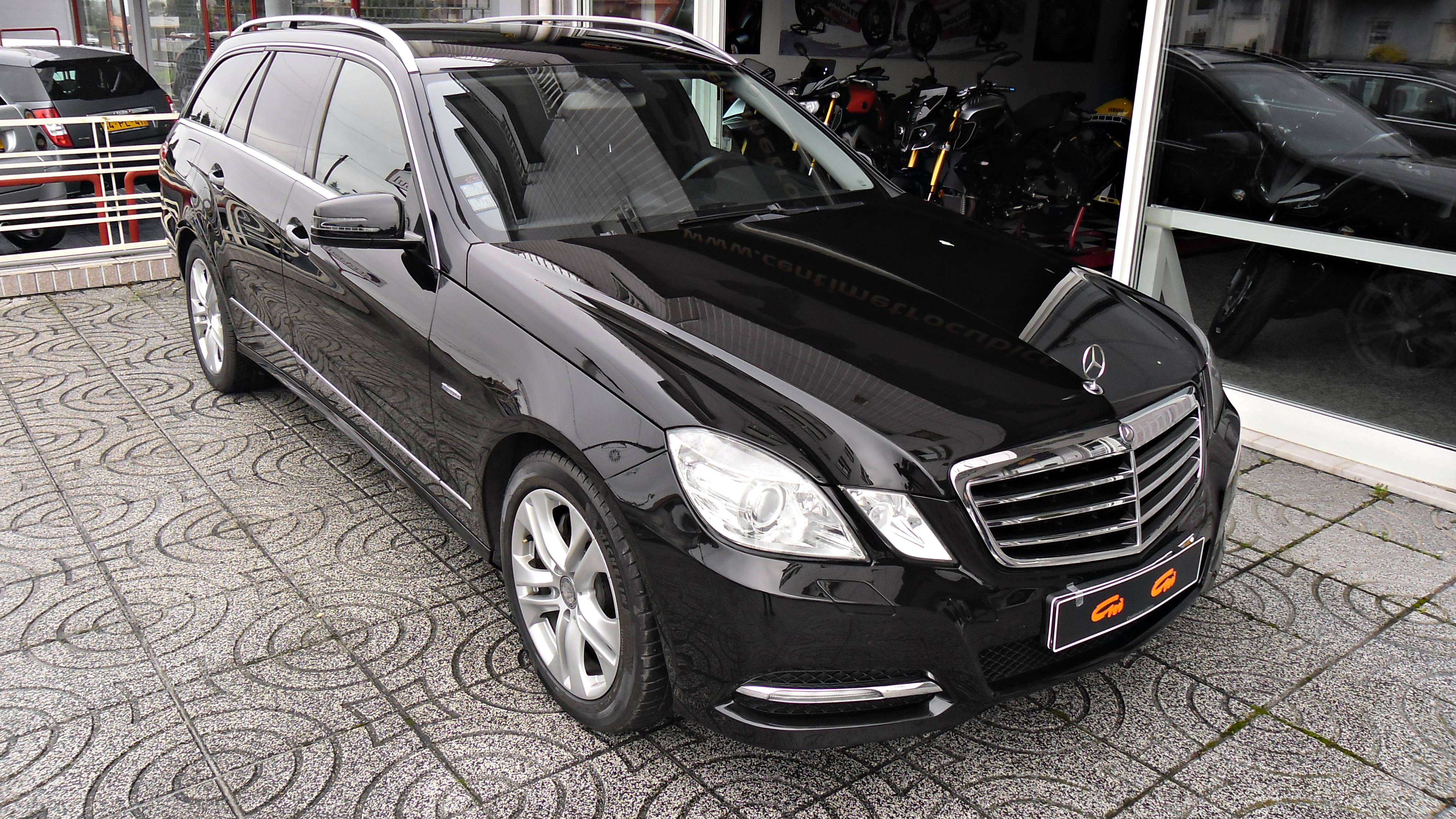 Mercedes-Benz E 250 CDI Station Avantgarde