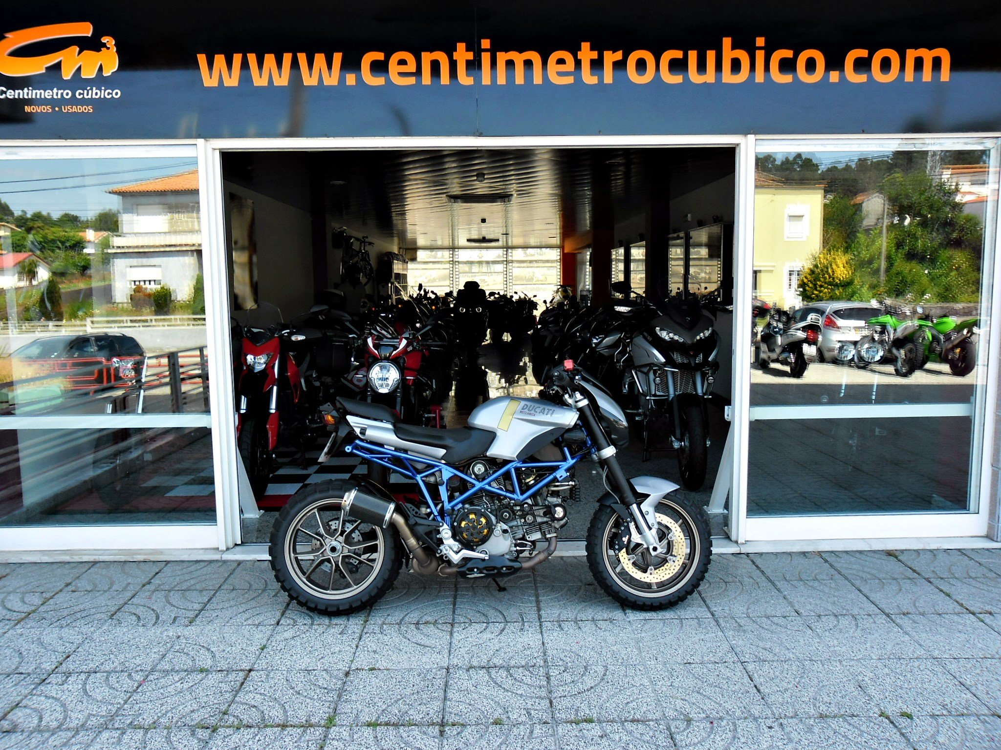 Ducati Multistrada DS 1000